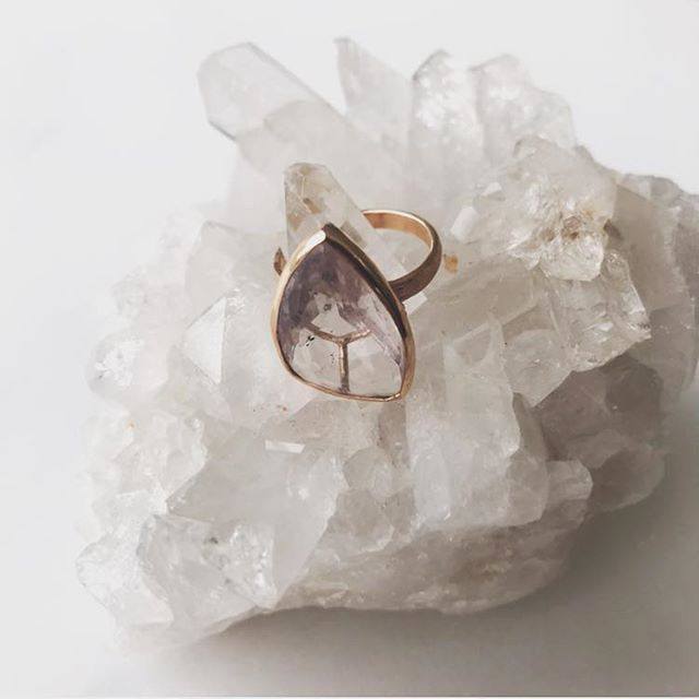 Bored, boring and looking for something good to do? @malibucolonyco is hosting a shopping & fundraising event for the California Fire Foundation & Humane Society of Ventura County... Shop and do something for others at the same time! This @brendaburdettejewelry 14k Rose Gold & Rose de France ring will be raffled along with a lot of other beautiful things @malibucountrymart from noon- 3 today (Sunday, December 2).
