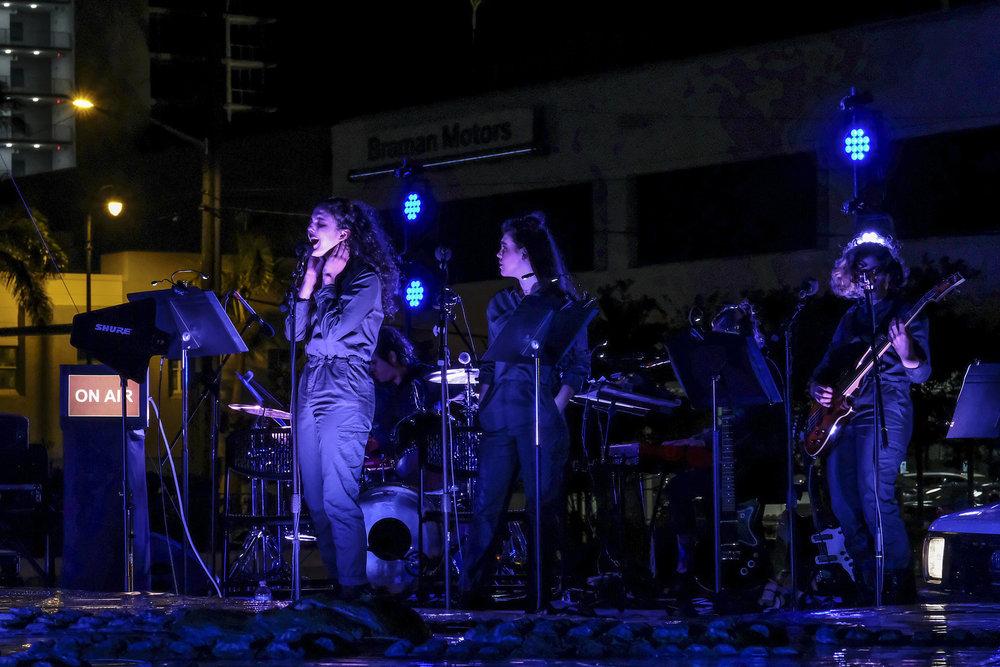 Photo by Andrea Lorena