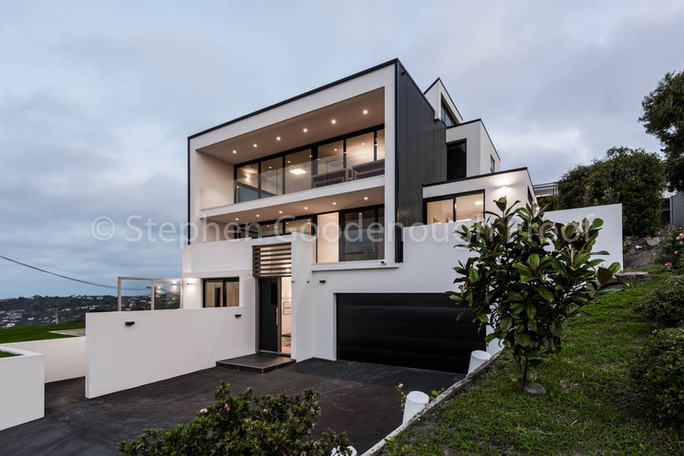 Hillside Architectural Homes — Takahe Construction