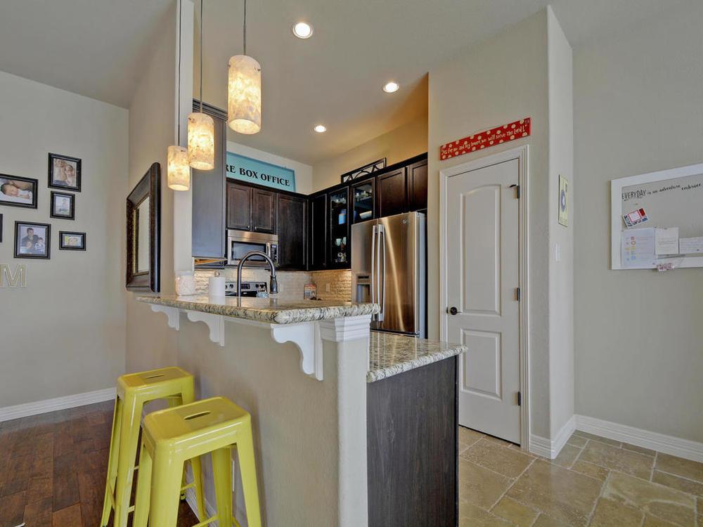 17401 Deer Creek Skyview-MLS_Size-010-25-Kitchen and Breakfast 01-1024x768-72dpi.jpg
