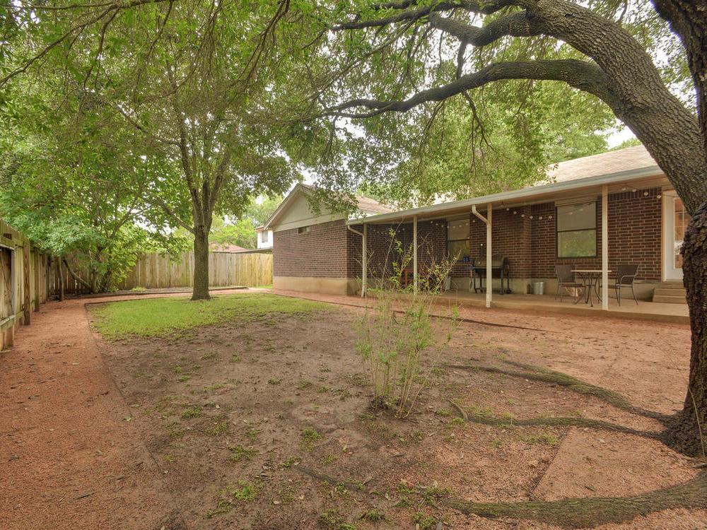 7009 Beckett Rd-MLS_Size-028-27-Rear Exterior 0958-1024x768-72dpi.jpg