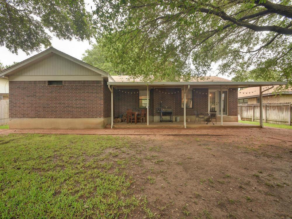 7009 Beckett Rd-MLS_Size-029-30-Rear Exterior 0959-1024x768-72dpi.jpg