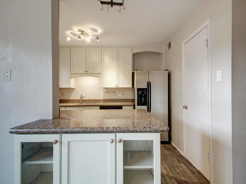 4159 Steck Ave Unit 181-MLS_Size-012-8-Family Kitchen Dining 914-1024x768-72dpi.jpg
