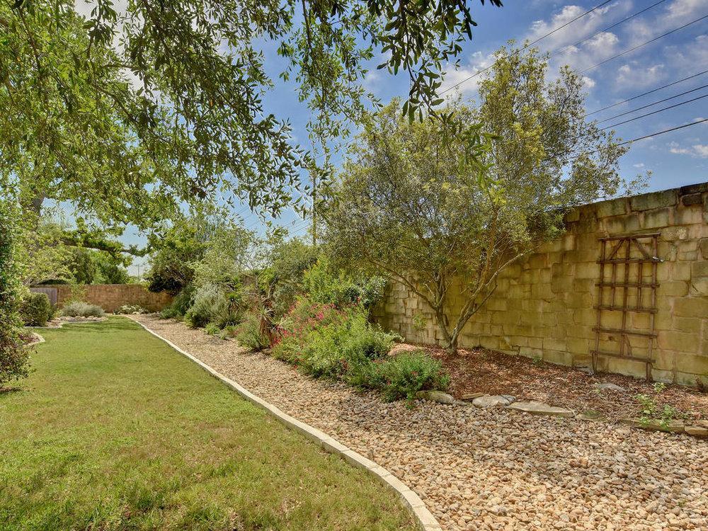 7917 Adelaide Dr-MLS_Size-035-31-Rear Exterior 014-1024x768-72dpi.jpg