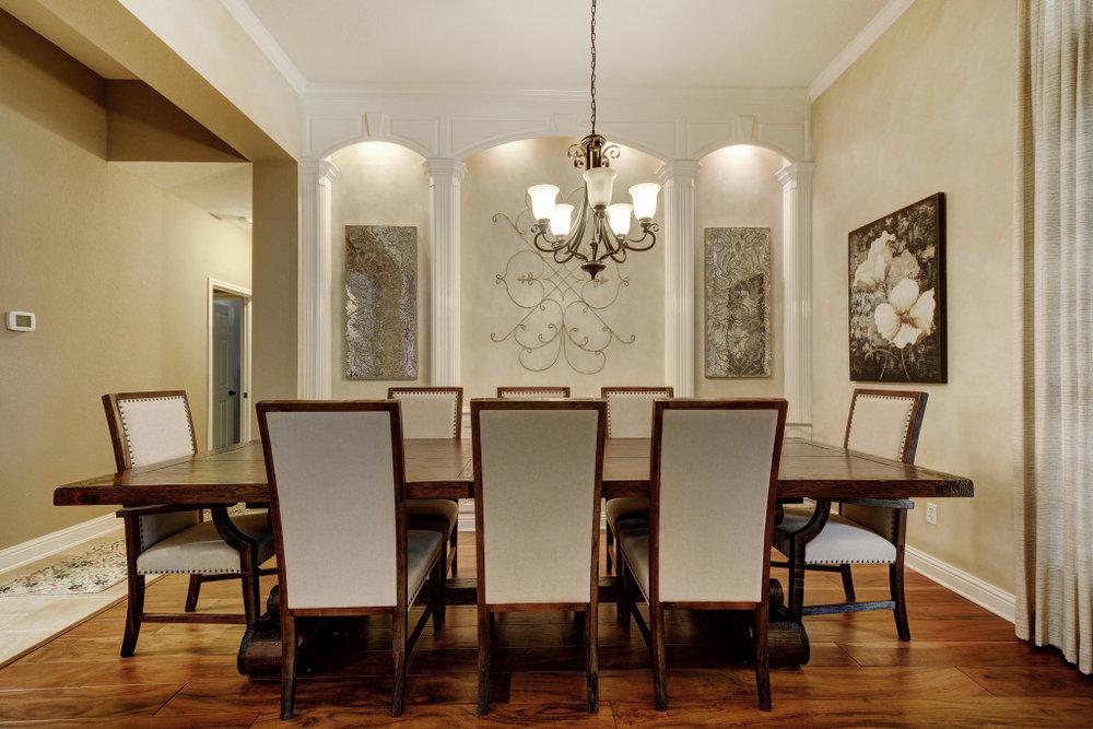 003-237794-Formal Dining 001_5333339.jpg