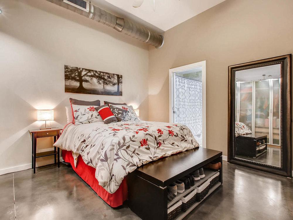 2124 E 6th 319 Austin TX 78702-MLS_Size-018-15-Master Bedroom-1024x768-72dpi.jpg