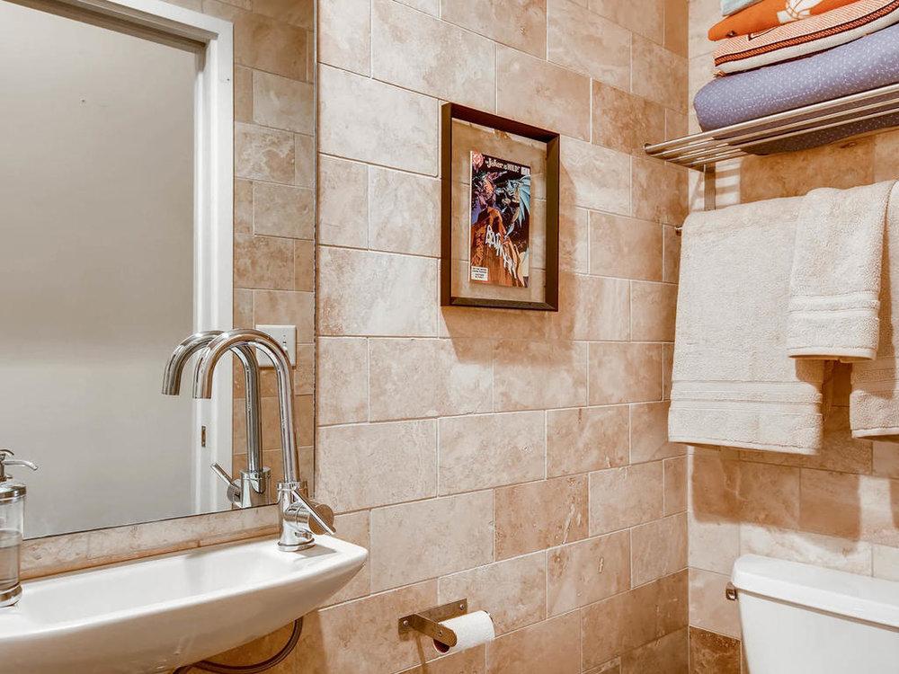 2124 E 6th 319 Austin TX 78702-MLS_Size-024-23-Bathroom-1024x768-72dpi.jpg