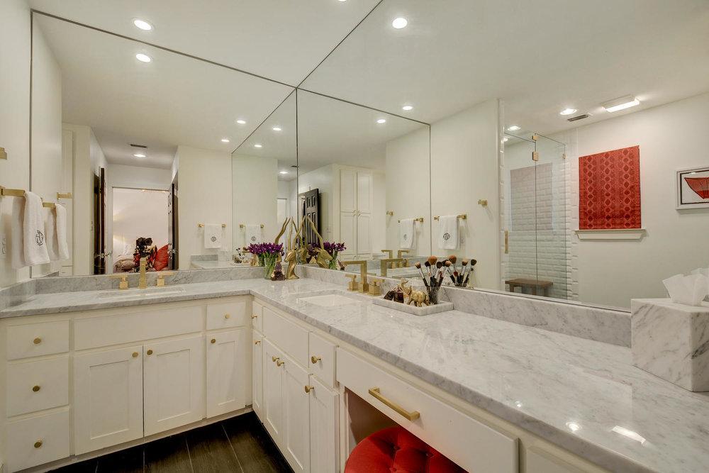 master-bath-vanity.jpg