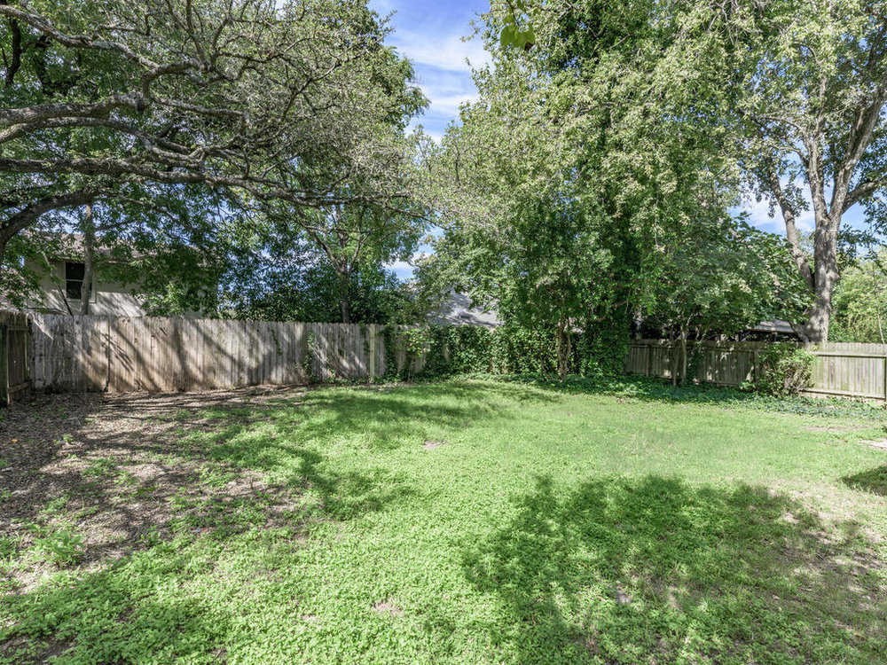 7912 Finch Trail Austin TX-047-36-Finch-MLS_Size.jpg