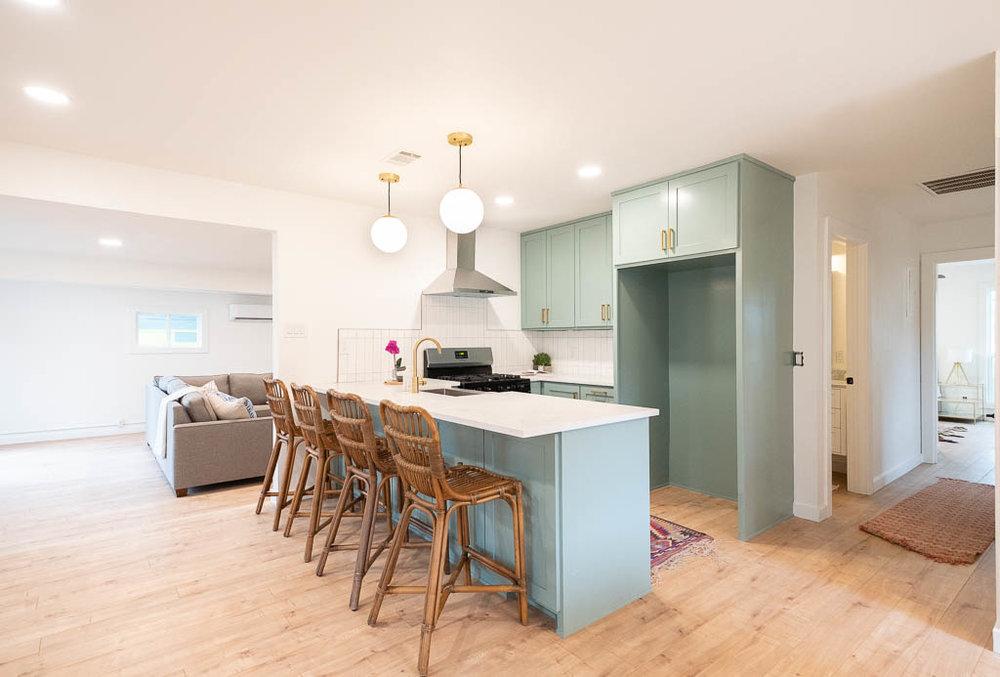 04 Kitchen-1.jpg