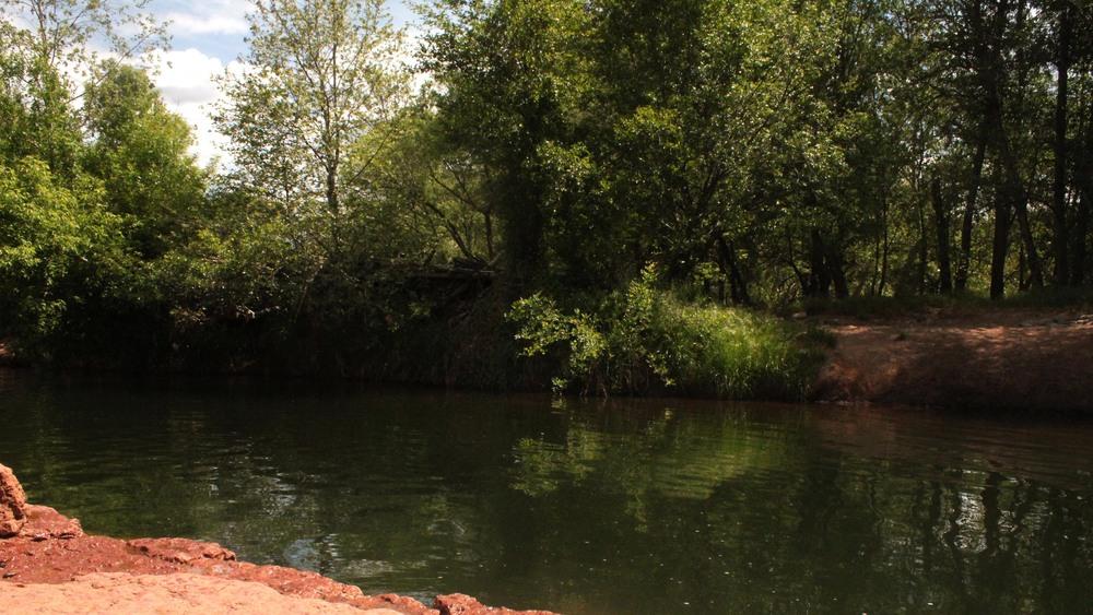 Sedona Creek.jpg