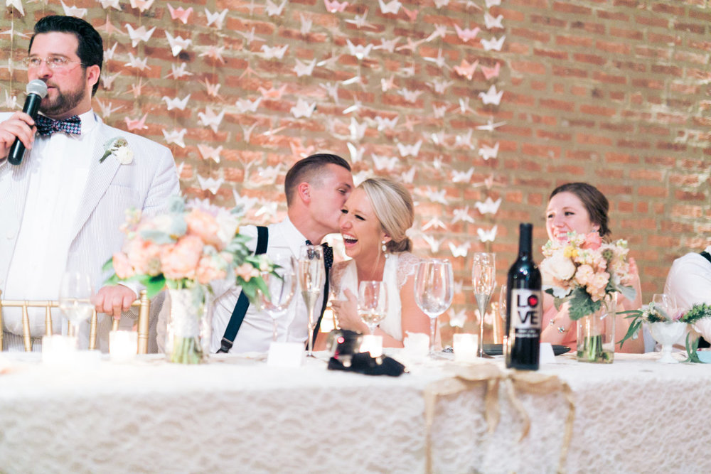 Photo compliments Style Me Pretty Floral by Flowers by Stem Photography by T&C Photographie