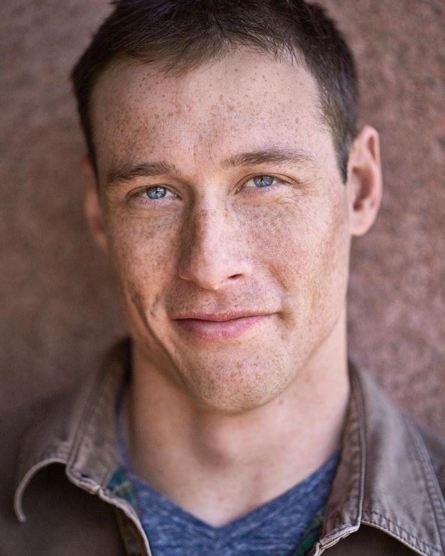 New headshot for actor Sean Coffman