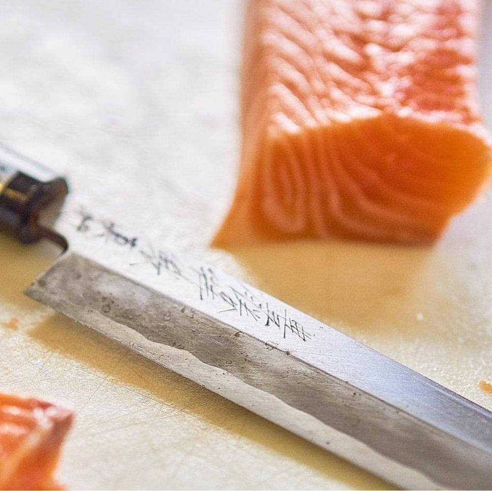 salmon knife.jpg