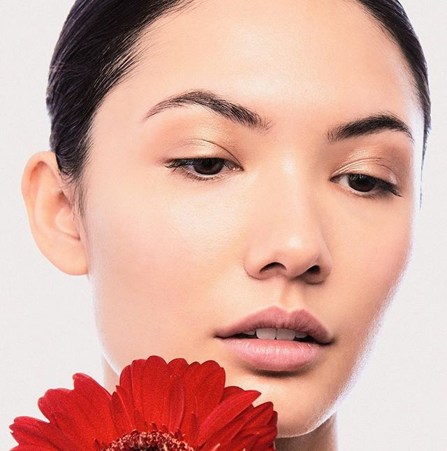 Some beauty work Agency: @womenmanagementny  Model: @jblam29  MUA: @vika_yourman  Studio & Assist: @karmacharr  #beautycare #beauty #beautiful #makeuptutorial #makeupartist #editorial #beautyeditorial #beautygirl #flower #red #dewymakeup #dewyskin