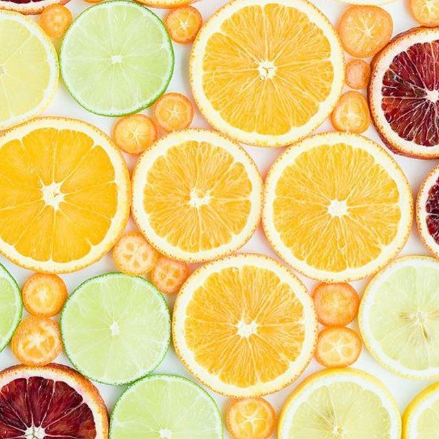 Citrus Sinensis (Orange Essential Oil) is found in all of our three CBD + Terpene blends. This one ingredient offers : - anti inflammatory - antidepressant -  uplifting -antispasmodic -  relaxing - aphrodisiac  properties... to name just a few.  #halsa #essentialoils #terpenes #citrus #wildorange #cannabis #cbd #thc #cannabinoids #plantmedicine #aromatherapy #ig #instagood #cannabiscommunity #classycannabis