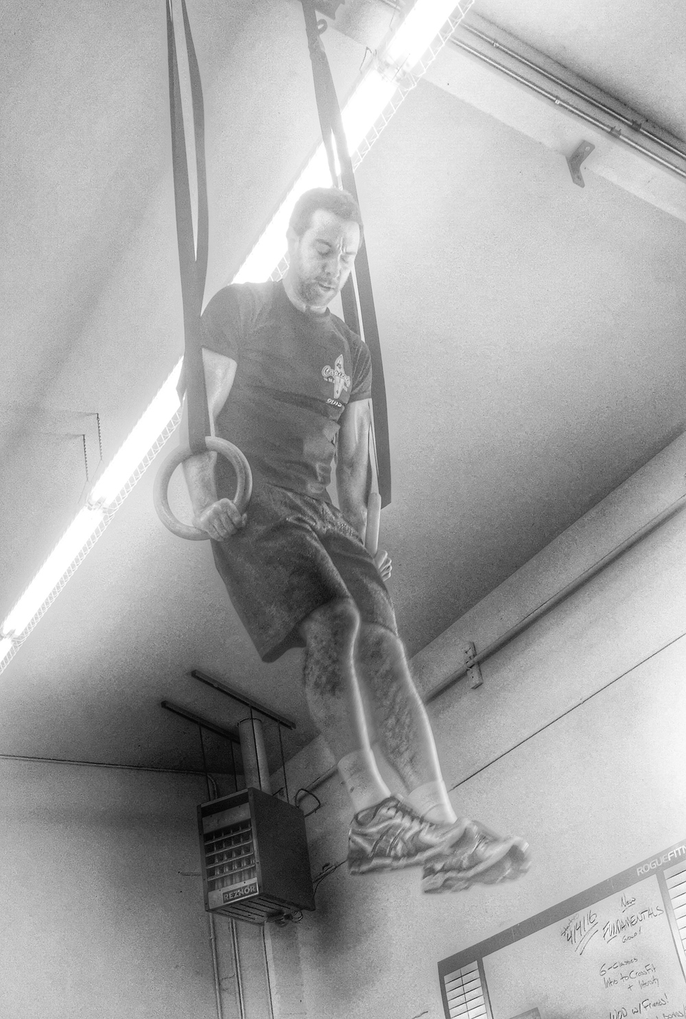 Paulgetting an elevated view during last week's muscle UP workout.