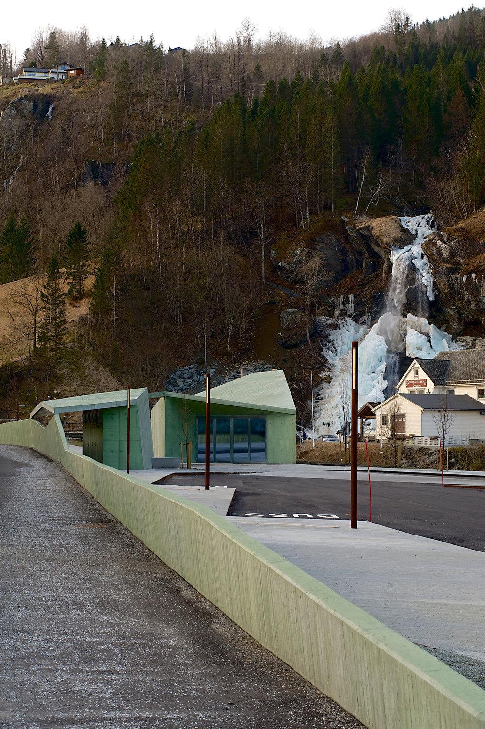 Steinsdalsfossen.jpg