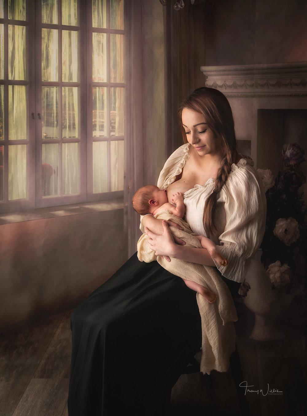 newborn breastfeeding photography bournemouth poole.jpg