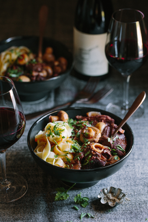 This hearty lamb chop stew in red wine is based on the classic French beef bourguignon, perfect for colder evenings.