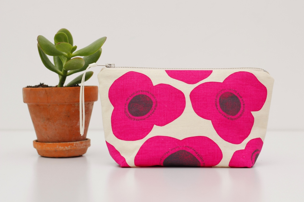 poppies pouch