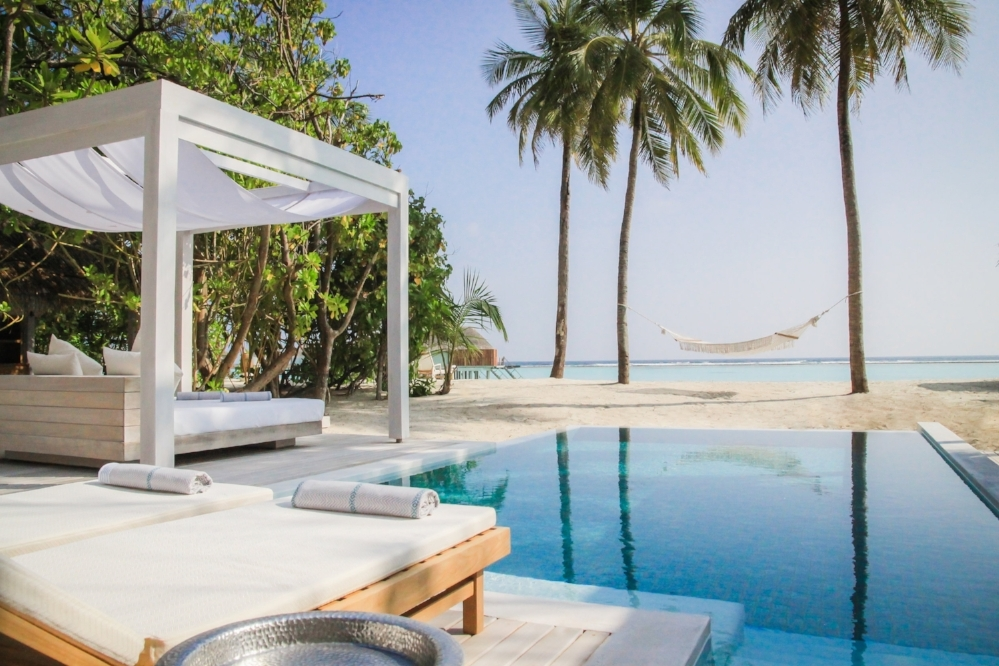 Retreat Grand Beach Pool Villa Sunrise 3.jpg