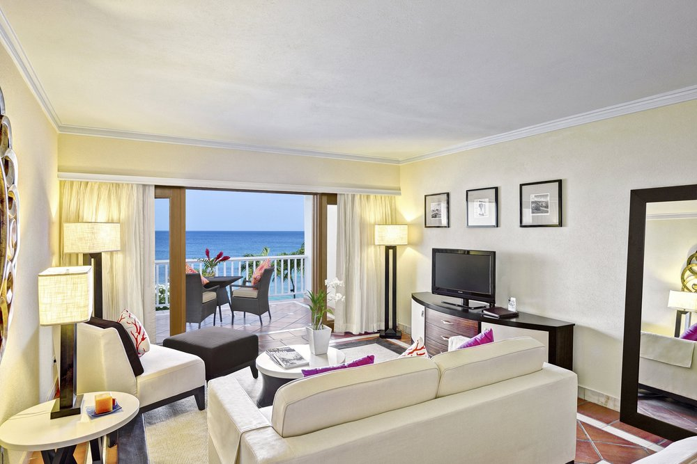 high-res-Ocean View Junior Suite.jpg
