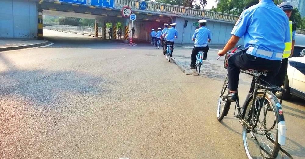 Chinese police bike gang