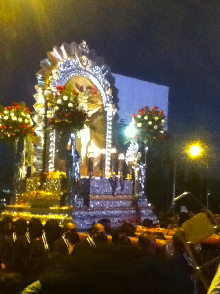 "Was on my way to the corner store last night and got trapped on the street covered with over 500 people. There was a huge procession in honor of the ""Señor de Milagros"". The thing that made everything difficult was the piece of rope surrounding the statue (foto) of which everyone apparently needed to hold onto. I stood with my arms by my side for 15 minutes as people with candles pushed passed me only to be lost again in the sea of the crowd. Never a dull moment in Peru."