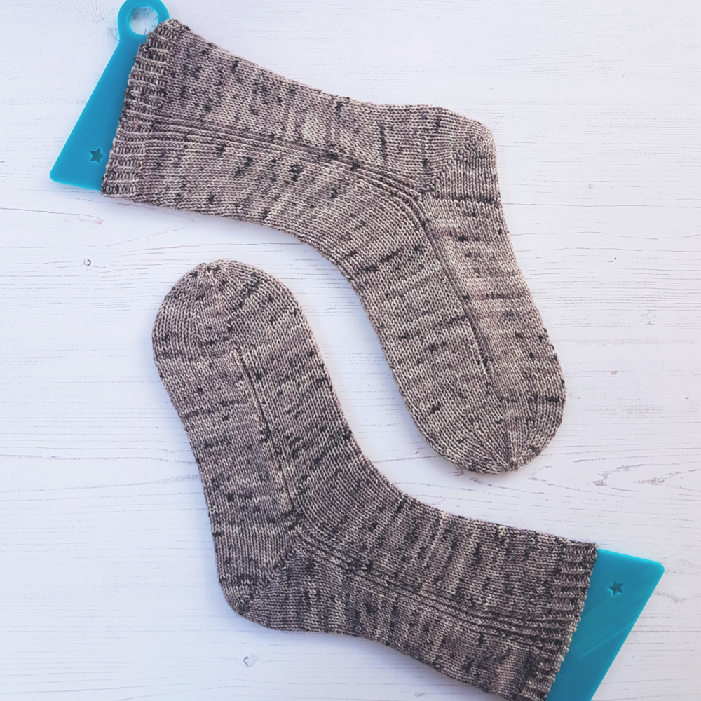 Introducing BOB - a basic sock for beginners — Louise Tilbrook Designs