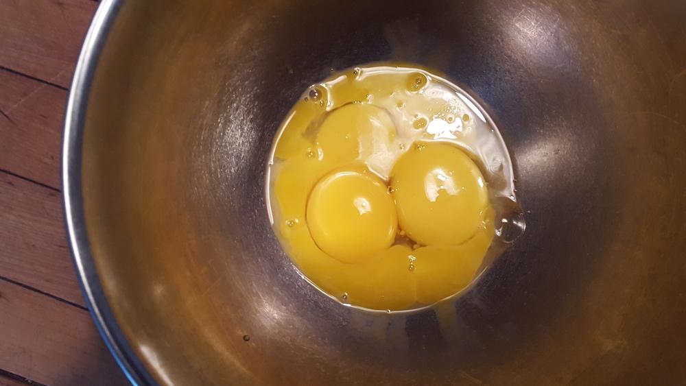 Lush yellow yolks ...
