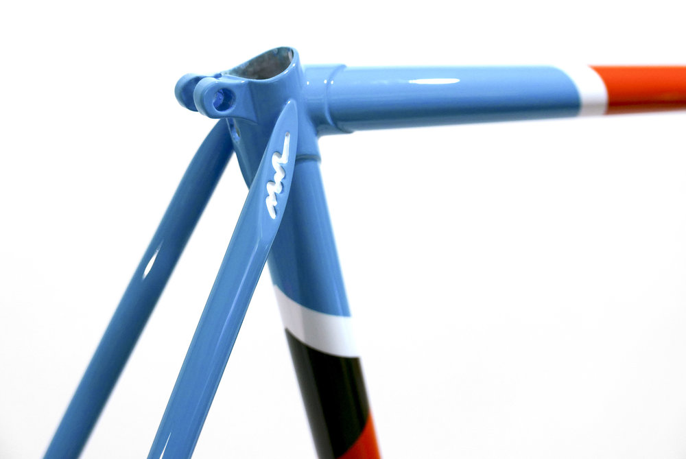 Angolo-V2-Frame-2500px 2.jpg
