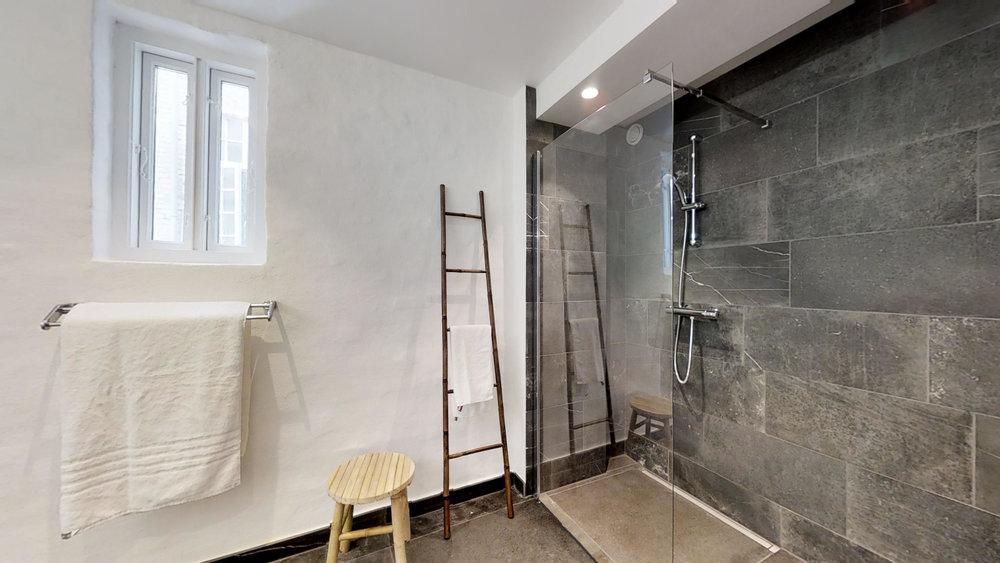 Badeværelse (3)-1.jpg