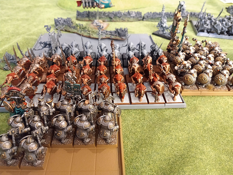 warhammer-fantasy-8th-edition-battle-report-dwarfs-skaven-turn-2-big-combat