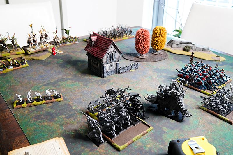 warhammer-fantasy-battle-report-lizardmen-vs-wood-elves-turn-1-movement