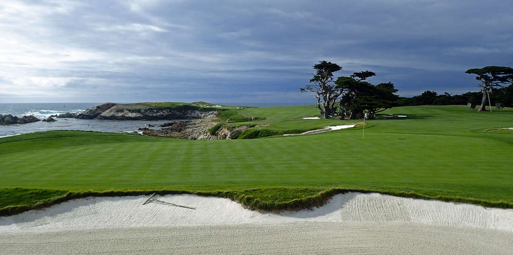 17th Hole Cypress Point (looking back to tee)