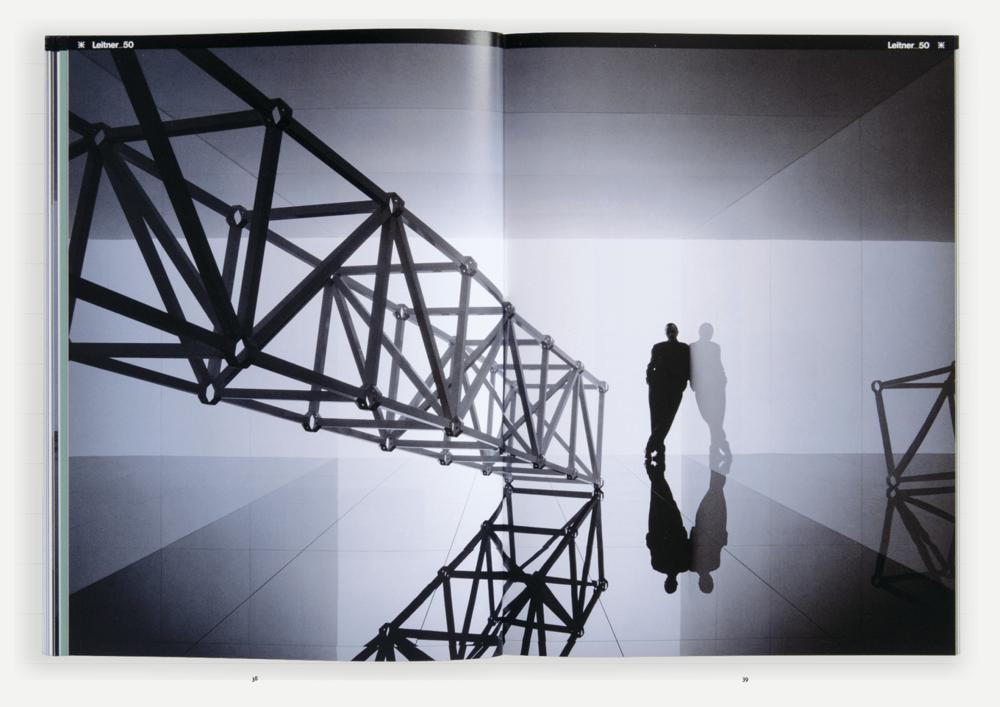 sabine-mescher-sichtung-designbilderbuch-imgebroschuere-ausstellungssystem3.png