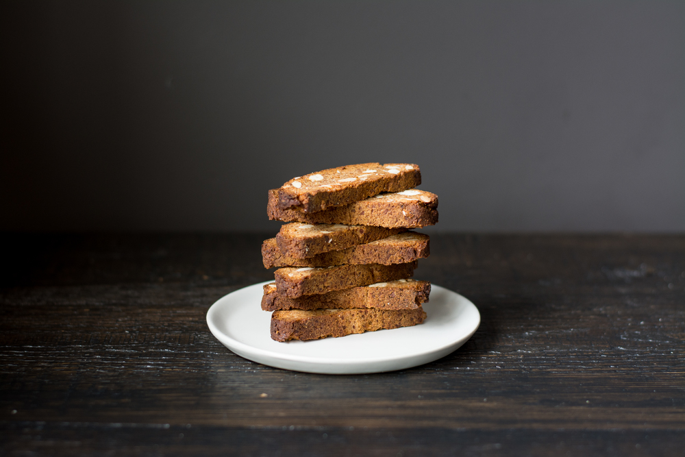 ALMOND BISCOTTI almond flour, almonds, arrow root starch, honey, orange zest, baking soda, sea salt