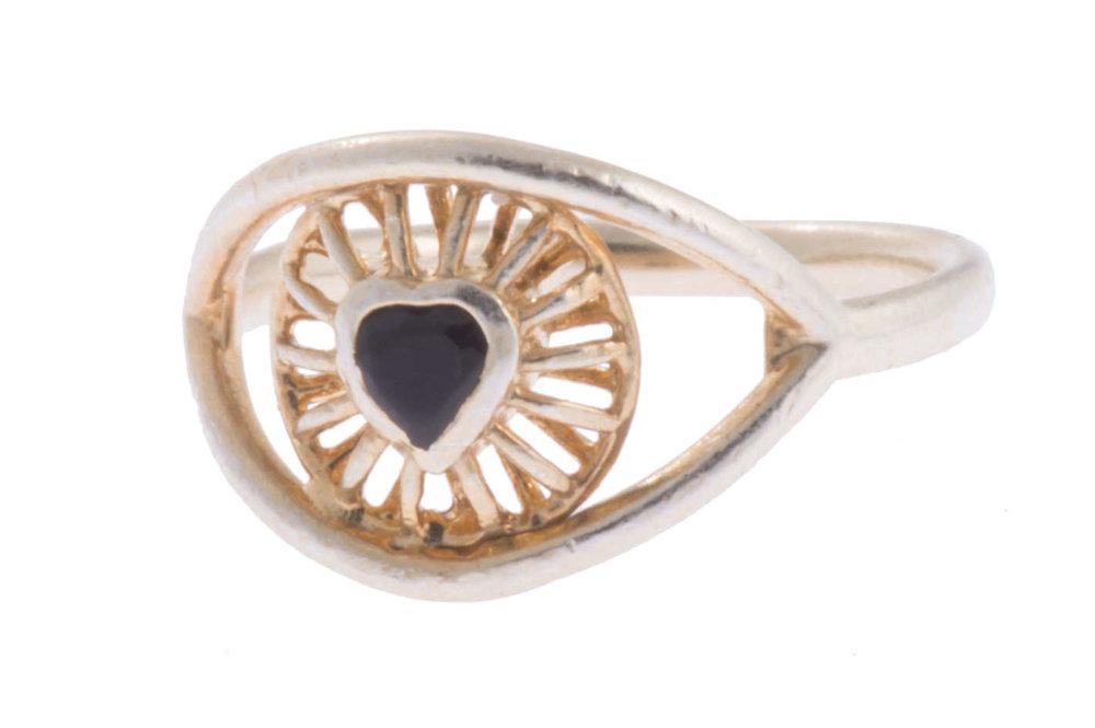 29-best-bet-eye-heart-you-ring.w710.h473.2x.jpg