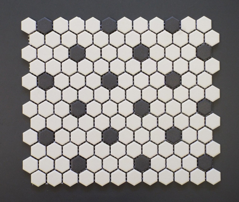 "UNGL ROSETTE - 1"" HEXAGON   20 PC/CTN (19.38 SF); 5  4 CTN/PLT"