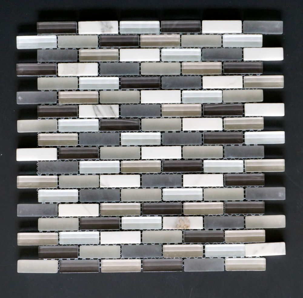 "MANHATTAN GREY BRICK 5/8""X2""   11 PC/CTN (10.76 SF);   72 CTN/PLT"