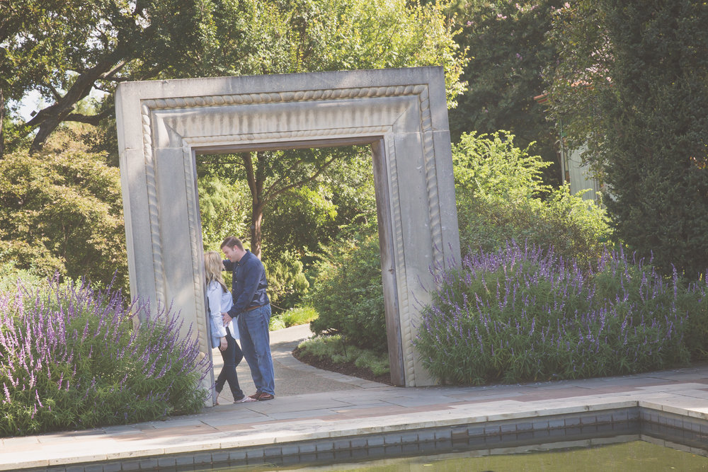 Dallas_Arboretum_Engagment_Photography.jpg