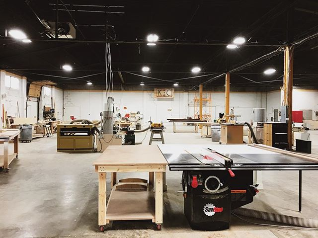 If you've been wondering where we have been over the last few weeks, we've been moving! Welcome to the new home of Wes Edwin Design. We are so excited to be sharing our space with a small community of entrepreneurs doing really exciting things: @kcfabsolutions - metal fabricators, furniture maker @calebschraeder5 and @meritmade jewelry will soon be joining us as well! Now is your chance to join our community- we still have about 800 SF to lease in the shop area, and a couple of offices still available!
