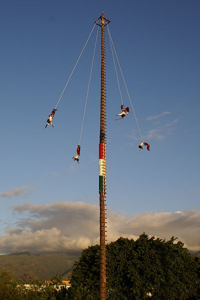 Flying Pole Dance photo by B Navez