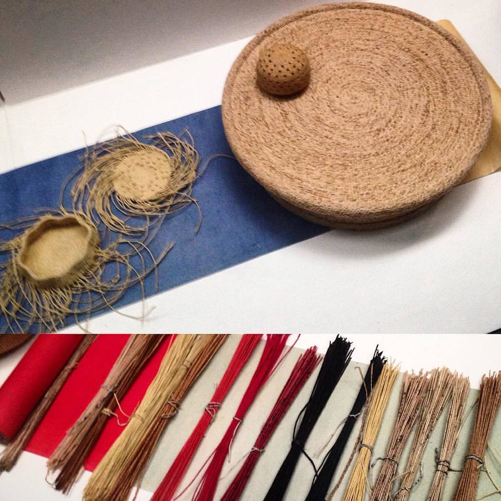 We were given a tour of the art gallery at Sookmyung Women's University in Seoul. Here is an example of the many uses of Hanji, South Korea's traditional hand-made paper. It can be rolled up and woven into baskets.