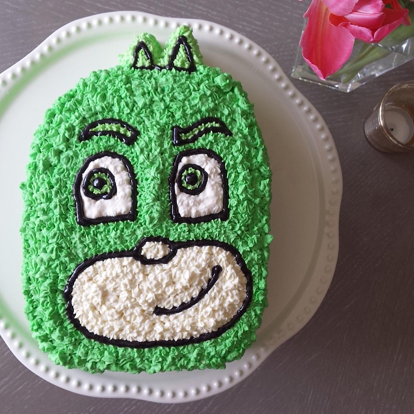 How To Make A Pj Masks Gecko Cake Boston Mamas