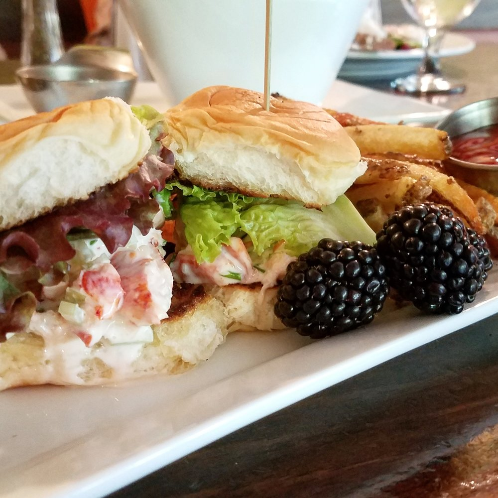 The lobster sliders at Hearth & Candle (plus Violet gave me her blackberries -- a completely insane move on her part)