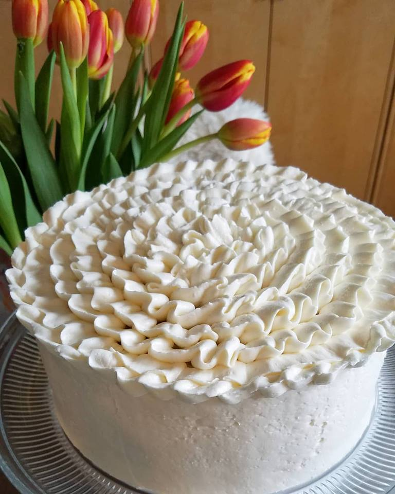 cake-swiss-meringue-buttercream-piped-ruffles.jpg