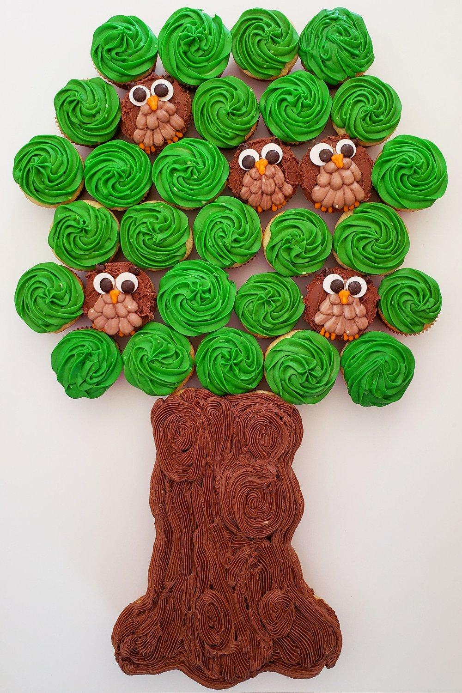 Owl tree cupcake cake