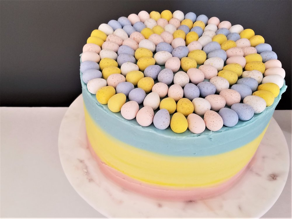 How To Make An Ombré Easter Cake: add eggs to the top